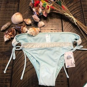 Blu C swimsuit bottoms/bikini size M
